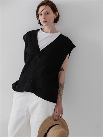 Cotton Knit Vest